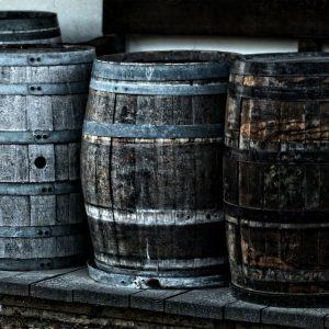 Marzysz o własnej produkcji alkoholi wysokoprocentowych? Sprawdź, co będzie Ci potrzebne!
